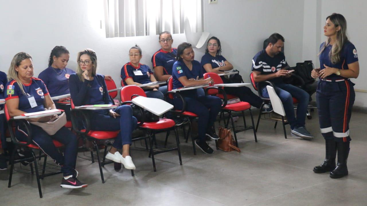 coordenadora do NEP Arapiraca, enfermeira Katyenny Christine